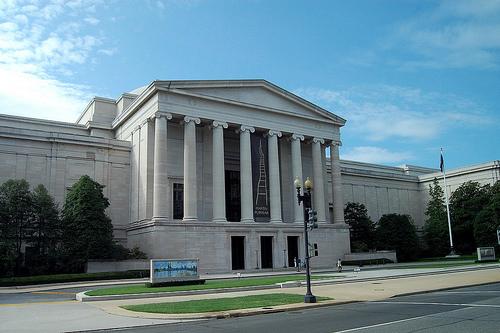 Картинки по запросу 1941 - В Вашингтоне открылась Национальная художественная галерея.