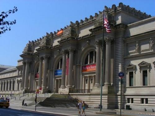 Музей Метрополитен в США бьет все рекорды посещаемости