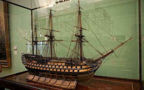 Одна из красивейших моделей корабля в Национальном морском музее Парижа