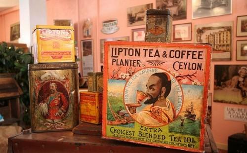Различные упаковки с чаем