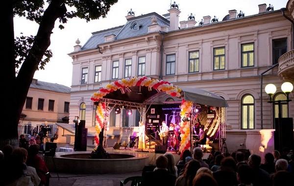 6 фестиваль джаза в казанском изобразительном музее