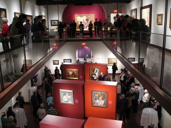 В залах музея русского искусства в США