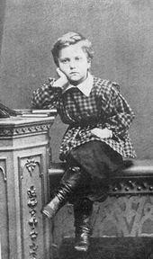 Валентин Александрович Серов в детстве
