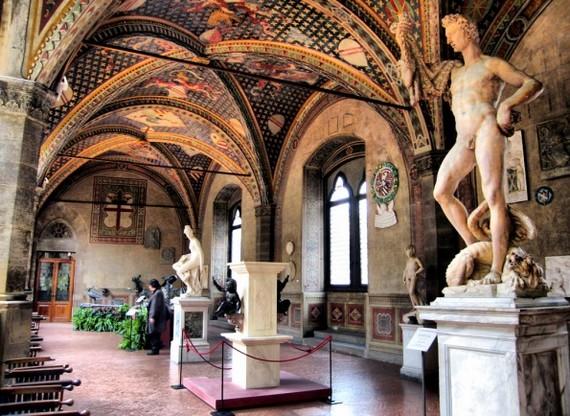 Один из залов музея Барджелло