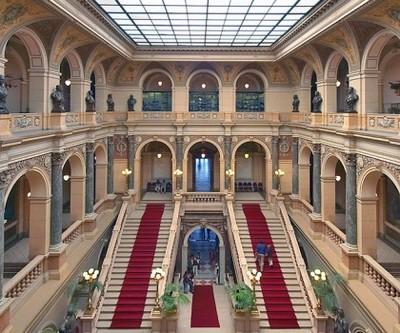 Вид со второго этажа музея
