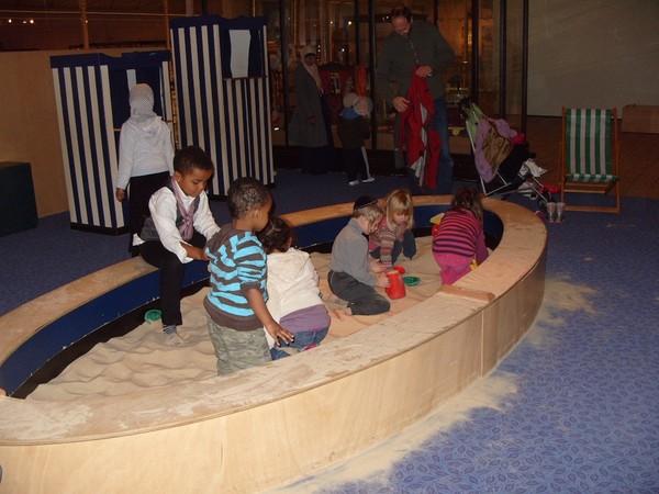Песочница в музее детства
