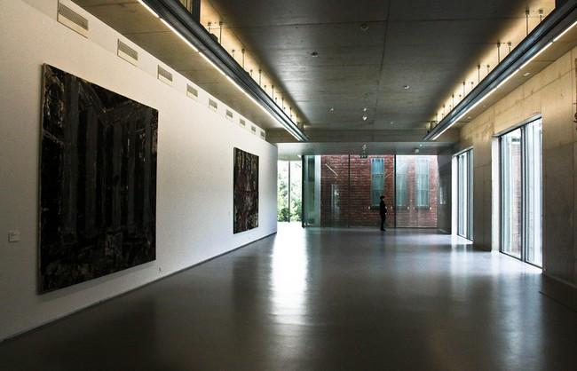 Просторные залы музея Бойманса и ван Бенингена