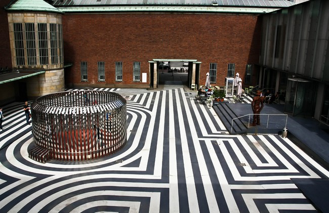 Внутренний двор музея Бойманса и ван Бенингена