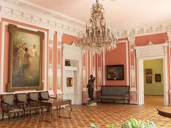 Один из залов Львовской галереи