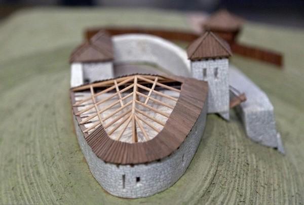 Макет Олеского замка