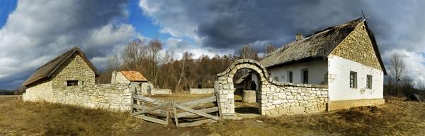 Музей национальной архитектуры и быта в Пирогово, Украина