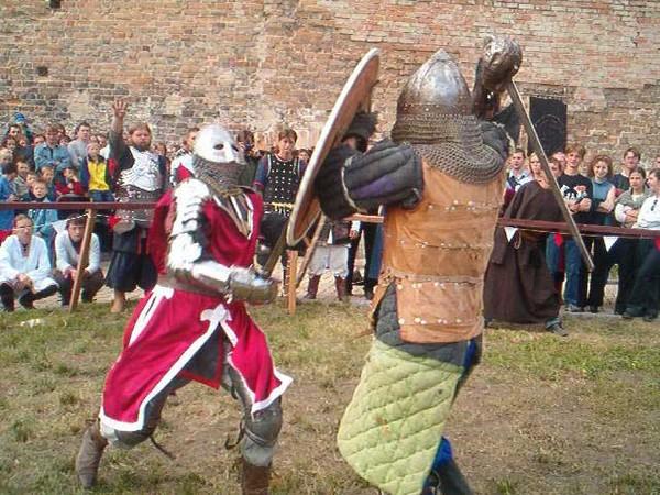 Сражения в духе древних времен