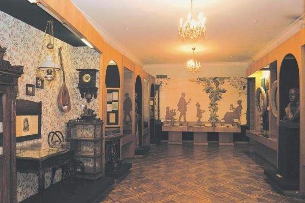 Фрагмент экспозиции - Украинская литература конца 19 начала 20 вв.