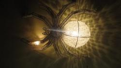 Люстра в виде паука