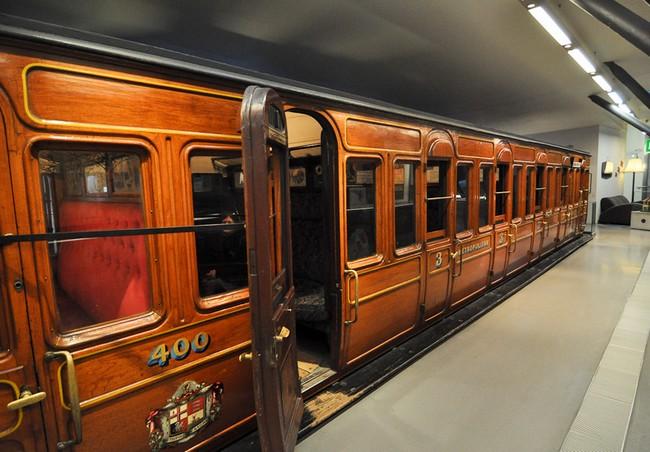 В 20 веке вагоны стали деревянные