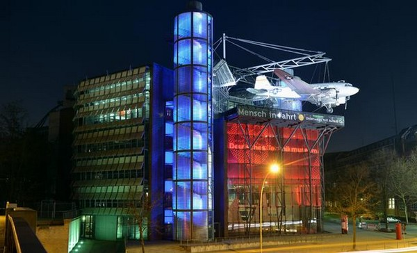 Берлинский технический музей - вид ночью