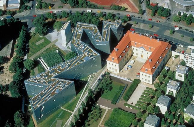 Еврейский музей в Берлине. Вид с высоты птичьего полета