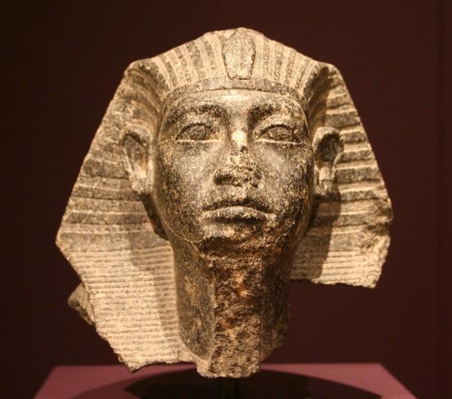 Голова сфинкса Сенусерта III