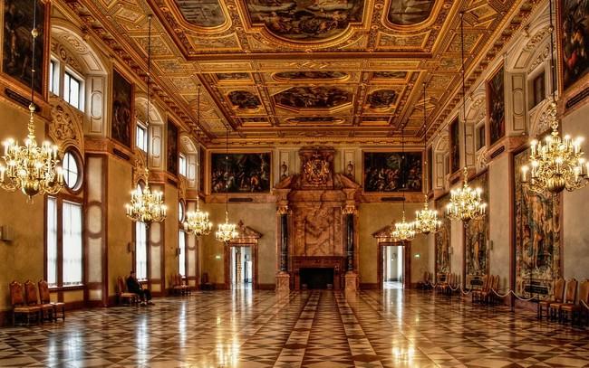 Мюнхенская резиденция - золотой зал