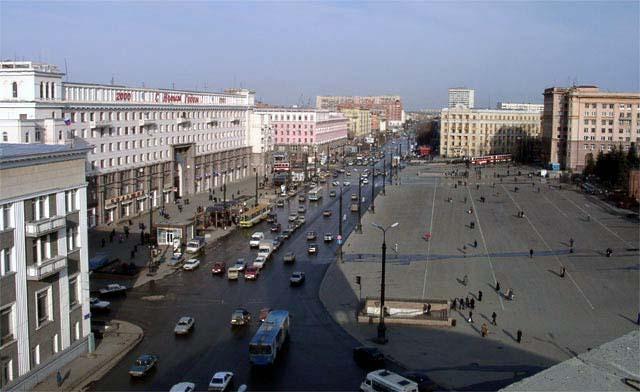 Скульптуры и памятники в Челябинске, фото