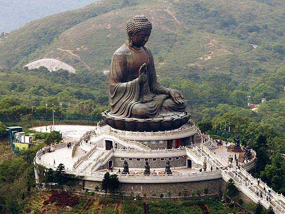 Храм Тодай-Дзи, бронзовая статуя