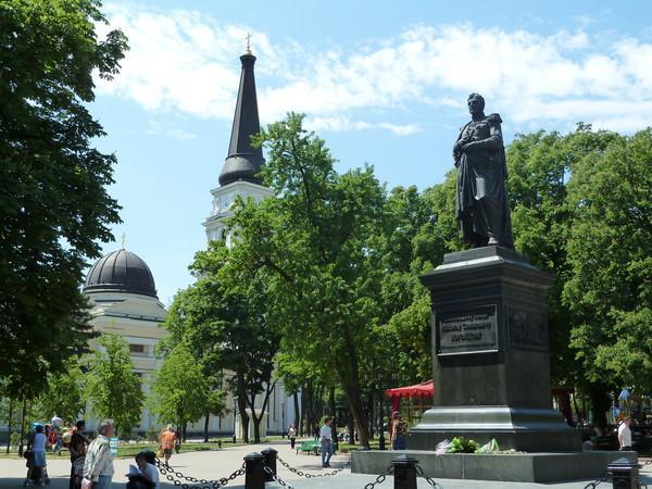 Памятник губернатору Воронцову в Одессе