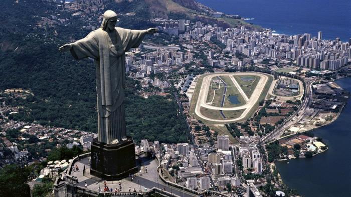 Статуя Христа-Искупителя, Бразилия