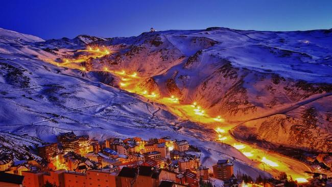 Ночные горы Испании зимой