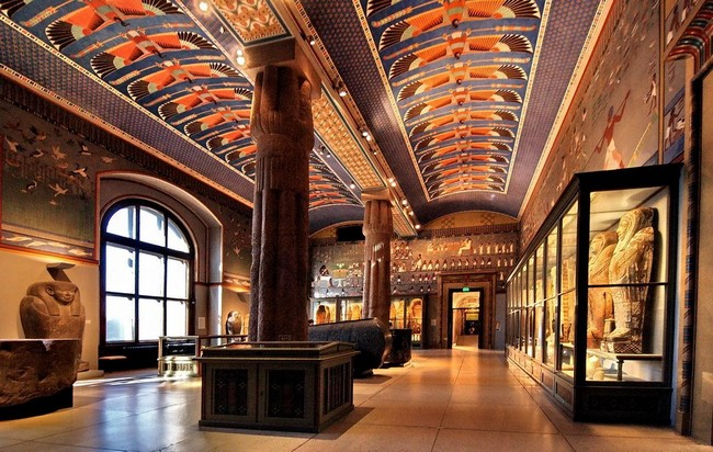 Музей истории искусств, Вена - красивый вид сбоку, здание музея