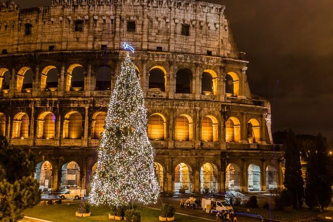 Колизей, новогодняя елка, зима, Италия