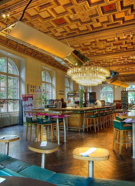 Кафе в музее прикладного искусства, Вена, Австрия