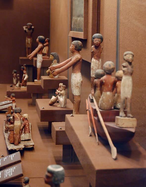 Коллекция мелкой пластики доисторической эпохи в Эрмитаже