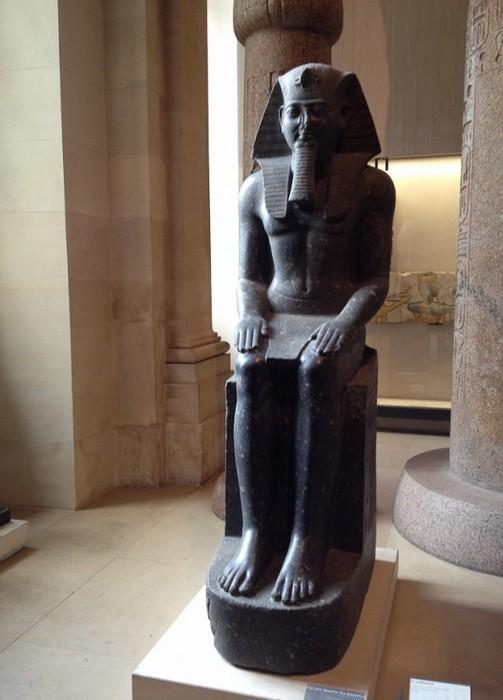 Статуя Рамзеса Второго в Лувре