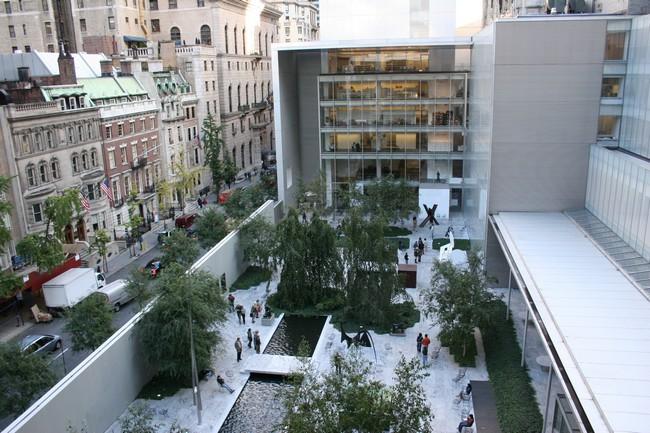 Вид с высоты на MoMA в США